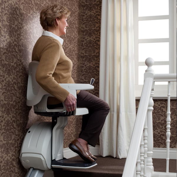 Access BDD Homeglide Plus Straight Stairlift Image