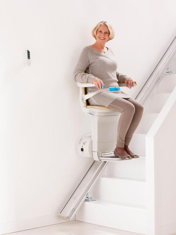 Handicare 950 plus simplicity seat mid stairs