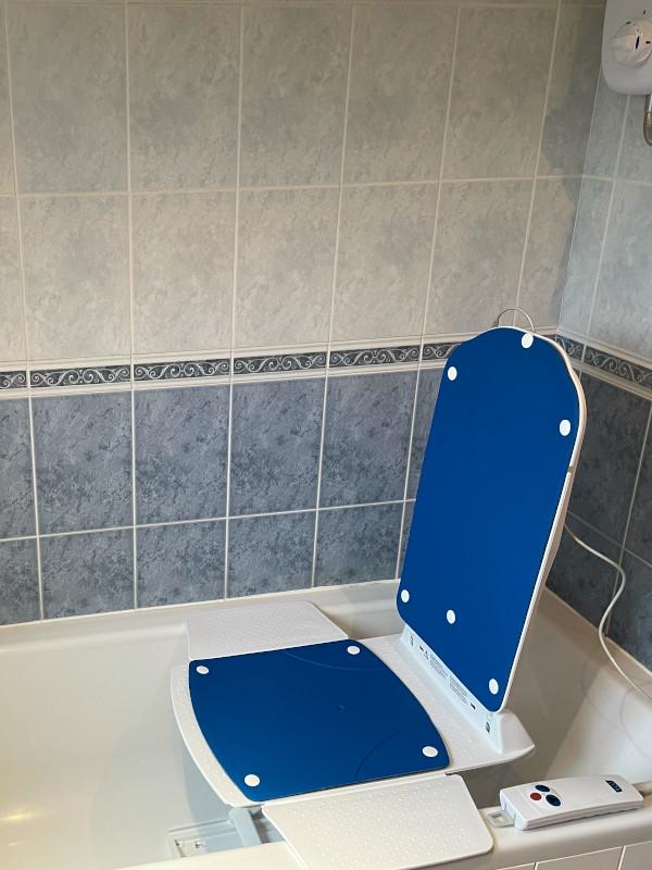 Kanjo Eco Bath Lift full blue covers