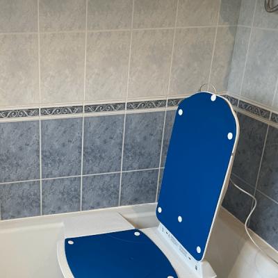 Kanjo Eco Powered Blue powered bathlift